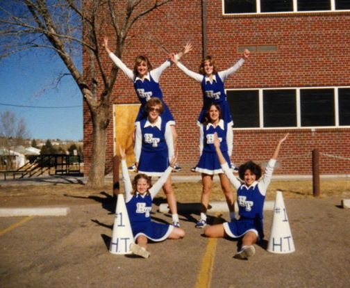 8th Grade Cheerleading Squad