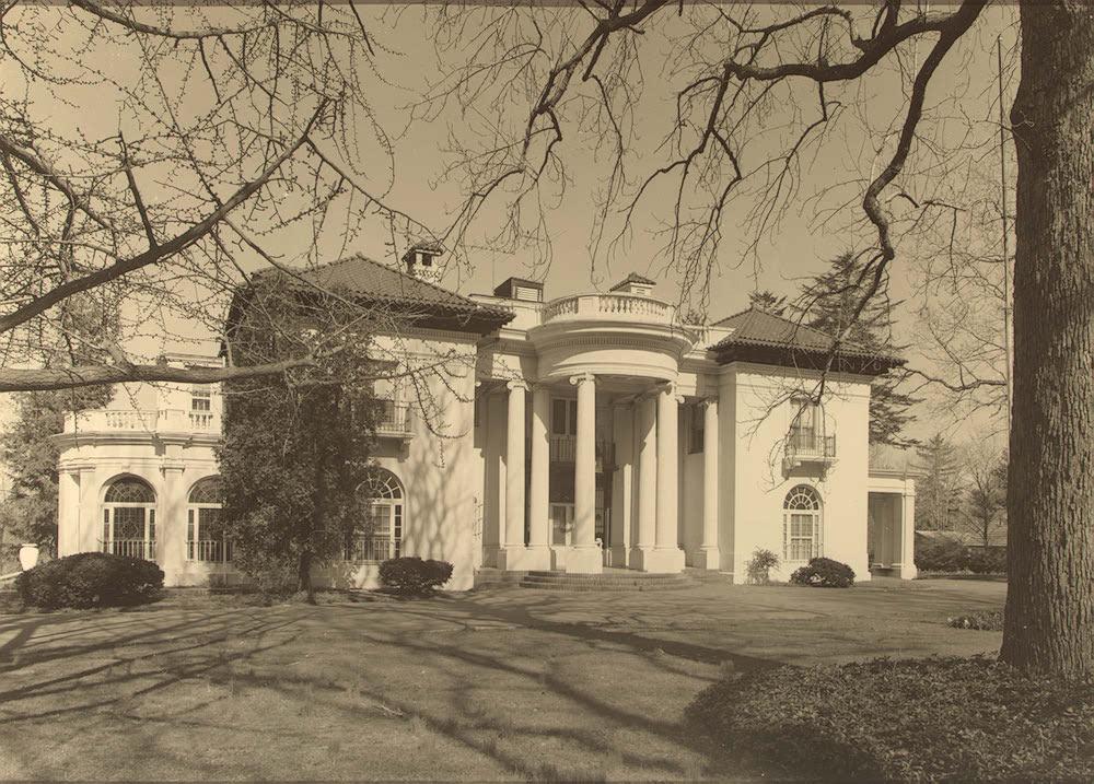 Walker Villa