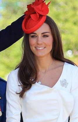 Kate Middleton wearing the Canadian colors on Canada Day
