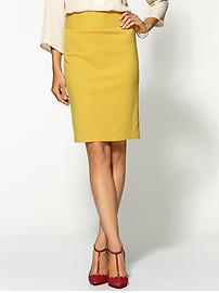 Yellow skirt, red shoes
